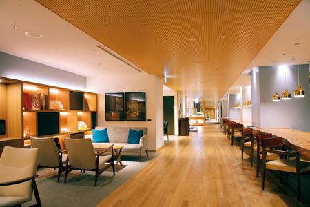 ザ クラシック内の宿泊者専用ラウンジ。読書や音楽が楽しめるリーディングルームやリスニングルームもある。