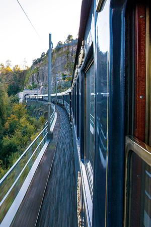 鬼頭郁子が体験するベニスへの豪華列車の旅