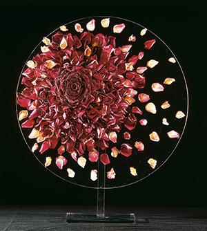 「花の建築家」 ダニエル・オストの展示会が開催