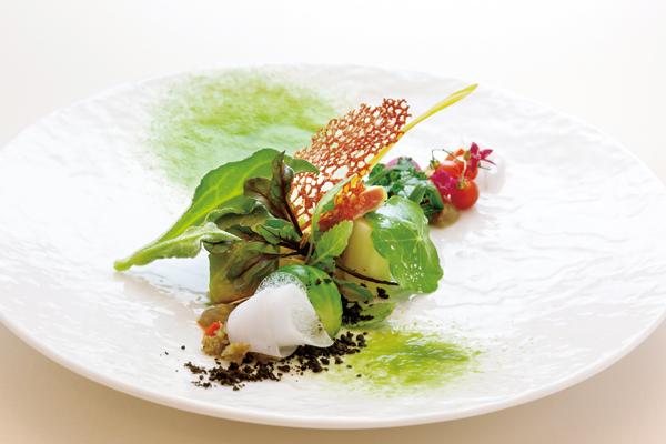 かつて内閣総理大臣が別荘として利用した築100 年の歴史を誇る美食レストラン