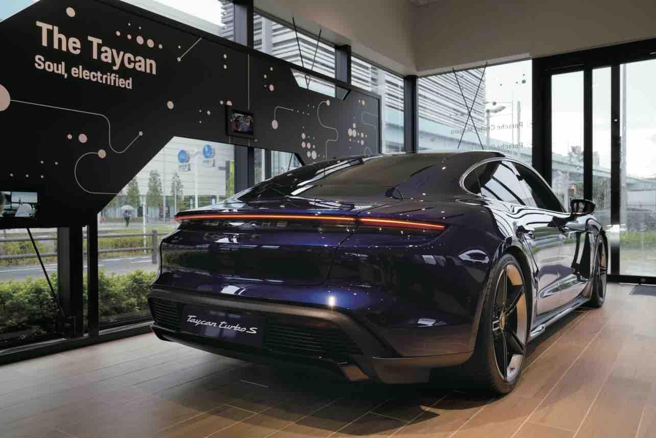ポルシェ初のポップアップストア「Porsche NOW Tokyo」オープン